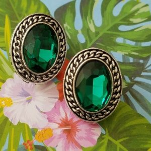 Green Crystal oval earrings new